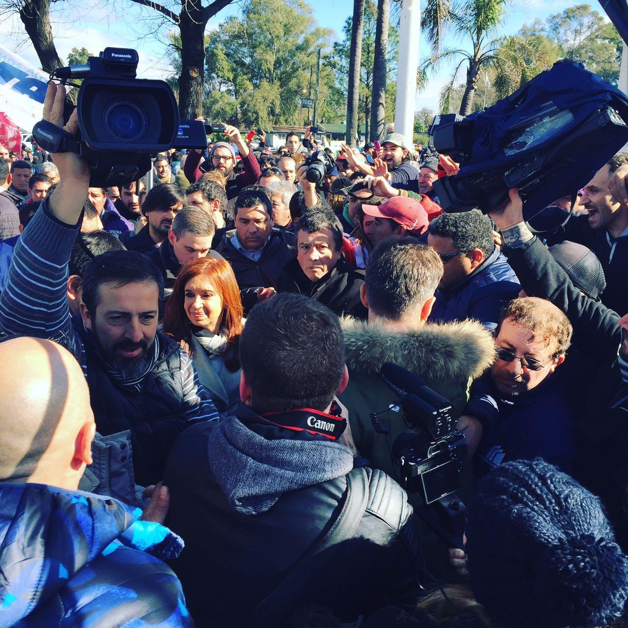 Fuerte presencia de Gendarmería en el acampe de Atucha — Zárate